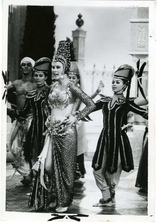"NEWS PHOTO: BARBARA EDEN STARS IN TV VERSION OF ""KISMET"" (1967)"