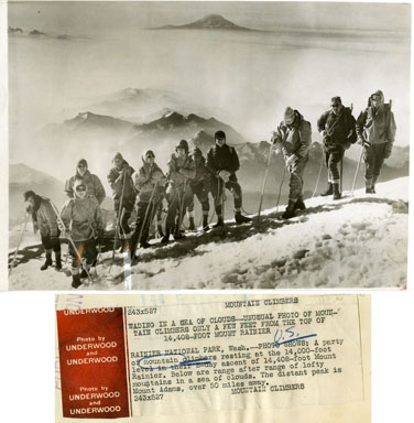 NEWS PHOTO: MOUNTAIN CLIMBERS SCALE MT. RAINIER (1928)