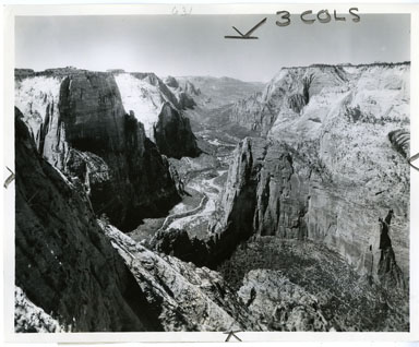 NEWS PHOTO: ZION NATIONAL PARK CANYON (1938)