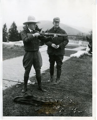 NEWS PHOTO: PRESIDENT CALVIN COOLIDGE SHOOTS CLAY PIGEONS (1928)