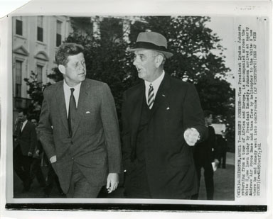 NEWS PHOTO: JOHN F. KENNEDY AND LYNDON B. JOHNSON CONFER (1961)