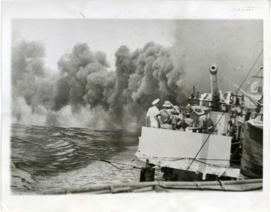 NEWS PHOTO: SINGAPORE PREPARES FOR THE TEST OF WAR / WORLD WAR II (1941)