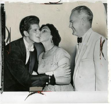 NEWS PHOTO: VAN CLIBURN / MIKHAIL MENSHIKOV (1958)