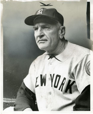 CASEY STENGAL - NEW YORK YANKEES MGR VINTAGE PHOTO 1959