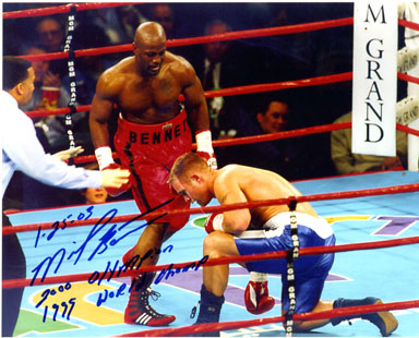 MIKE BENNETT - SIGNED PHOTO / BOXING 1999 WORLD CHAMP