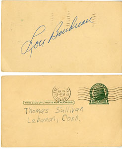 LOU BOUDREAU - VINTAGE SIGNED POSTCARD 1949 HALL/FAME