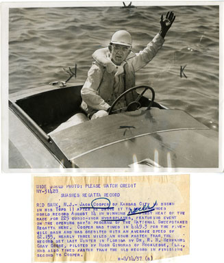 NEWS PHOTO: MAN SETS HYDROPANE WORLD RECORD (1937)