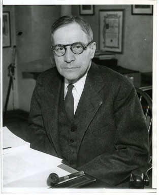 NEWS PHOTO: NEWTON D. BAKER (SECRETARY OF WAR) 1937