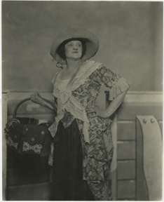 NONA CAMPBELL photo by FORD E. SAMUELS - OPERA 1920s