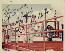 GEMINI V CREW PHOTO SIGNED BY GORDON COOPER PETE CONRAD